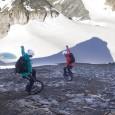 Lutz Eichholz et Stephanie Dietze ont réalisé la descente du Mettelhorn (3400m ) avec leurs monocyles Extreme Monocycle tout-terrain dans les Alpes Dans le même ordre d'idée, voici «Le symbole», […]