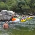 Voici une vidéo d'un crash de touristes qui font la descente des gorges de l'Ardèche en canoe-kayak. Le phénomène se passeau rapide de la Pastière le 25/08/13. Un véritable carnage […]