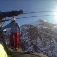 Flo Orlay, le snowborder professionnel de 39 ans avide de sensations fortes, s'est retrouvé encompagnie du freeskieur français Matthias Giraud, sur le toit d'une télécabine en mouvement…pour un saut en […]