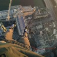 James Kingston, grimpeur de l'extrême, s'attaque cette fois-ci à l'un des bâtiments de Londres les plus convoités, le South Bank Tower, un bâtiment en construction de 27 étages surmonté d'une […]