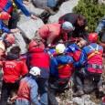 Le spéléologue blessé à la tête et coincé à 1000 mètres de profondeur a pu être remonté sain et sauf (19 juin 2014) Image: Keystone Un spéléologue allemand tombé le […]