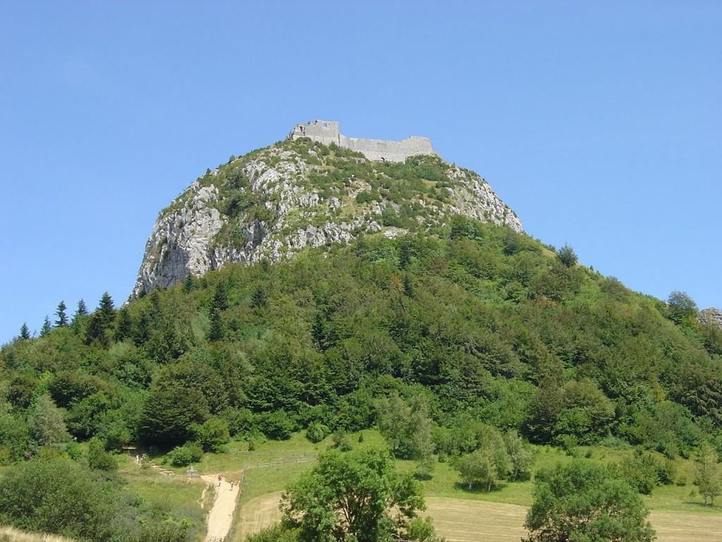 1280px-Montsegur_montagne[1]