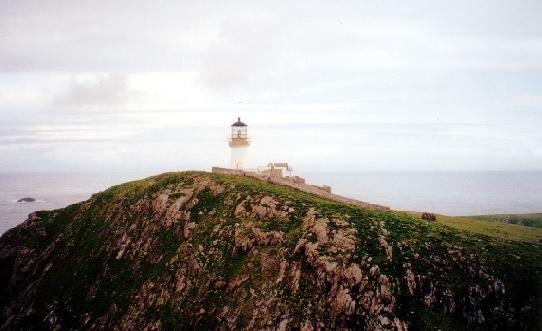 The_lighthouse_on_Eilean_Mor[1]