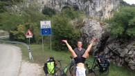 Arrivée en Croatie Un beau matin, Florian Coupéest parti à vélo vérifier si la terre était bien ronde. Avec son épouse, ensemble, ils ont décidé de quitter leurs vies sédentaires […]