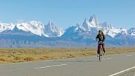 Anne-Sophie Rodet à monocycle en Patagonie (derrière elle, le Cerro Torre et le Fitz Roy). Récit dans Carnets d'Aventures #39 (mars-avril-mai 2015) Pourquoi en découvrant certaines aventures, nous disons : […]