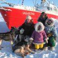 Éric Brossier, France Pinczon du Sel et leurs deux filles ont choisi de quitter le confort de leur vie citadine pour vivre à bord du voilier polaire Vagabond. Une aventure […]