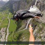 Passage de témoin en Wingsuit !