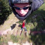 Retour en vidéo sur l'accident de Jeb Corliss en wingsuit (peu choquer !)