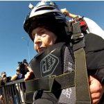 Une femme de 102 ans fait du base jump et elle Kiffe