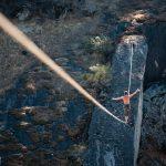 6 Octobre 2013 : Nouveau record du monde de highline, qui nous vient des USA avec 214 m de long