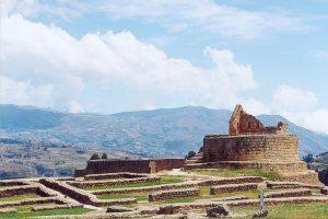 800px-Ecuador_ingapirca_inca_ruins[1]