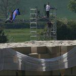 Vous devez voir ça : Vols en Wingsuit avec atterrissage sans parachute à plus de 200 km/h !