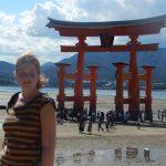 Partez en voyage avec Hanae dit la Globetrotteuse, une jeune baroudeuse du monde de 20 ans