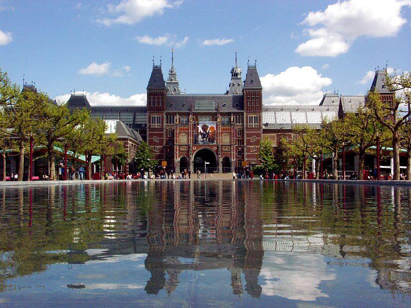 800px-Amsterdam_-_Rijksmuseum