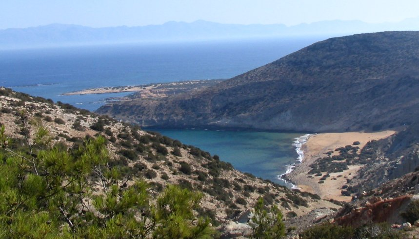 Gavdos,_potamos_beach_from_Ambellos_path[1]