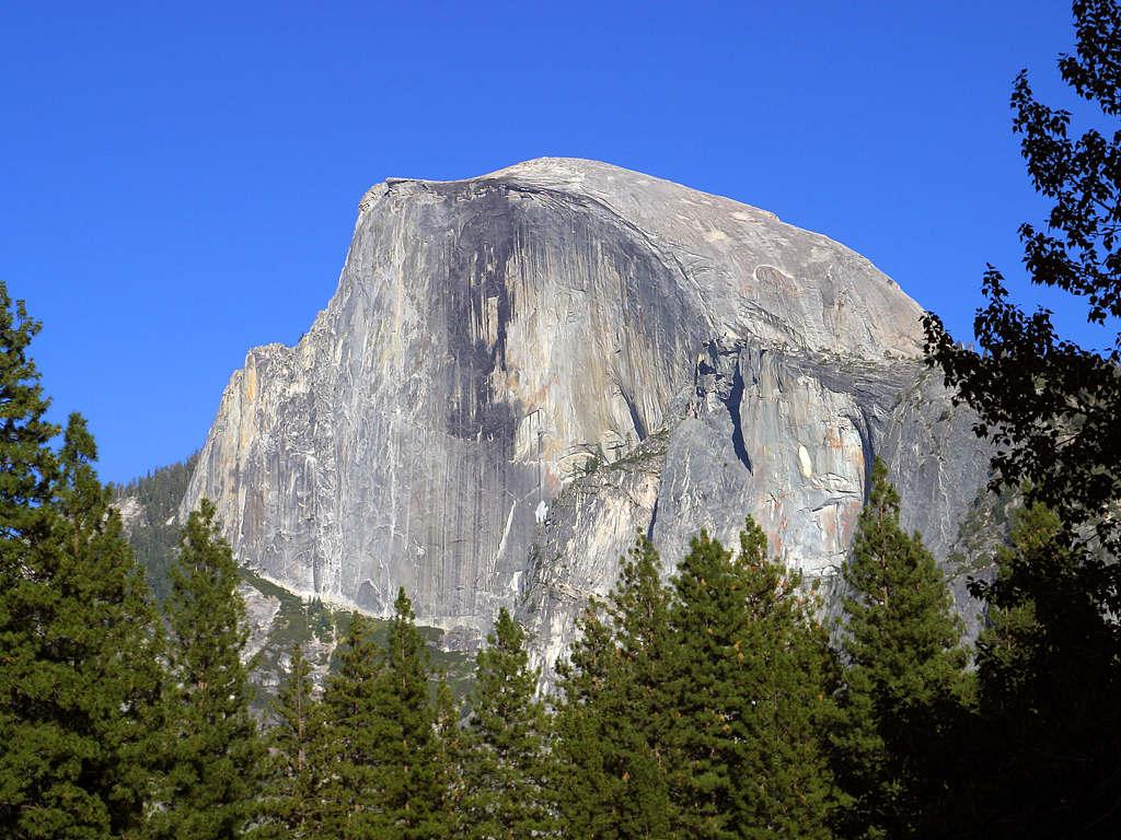 Yosemite_1_bg_090504[1]