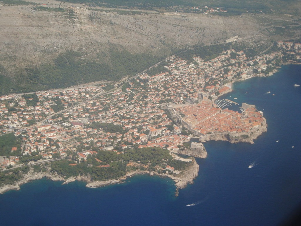 1280px-Aerial_view_Dubrovnik[1]