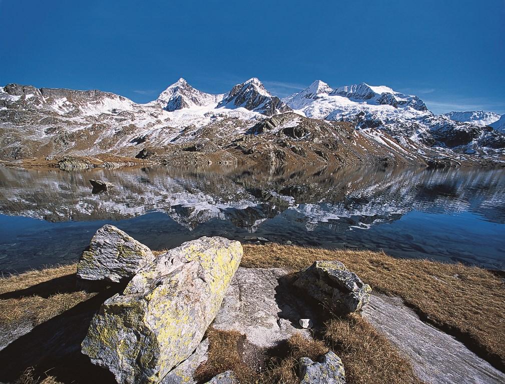 Paysages positifs de montagne