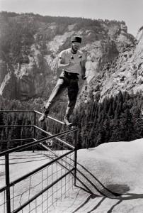 2-Chuck-Pratt-Juggling-near-Vernal-Fall-1968-ph-Glen-Denny (Copier)