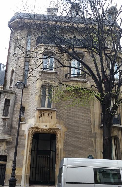 Hôtel construit par Guimard dans lequel il résida avec son épouse