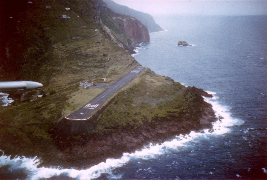 Saba_airport[1]