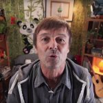 10184056-cop21-nicolas-hulot-break-the-internet[1]