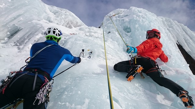 ice-climbing-1247606_1920 (Copier)