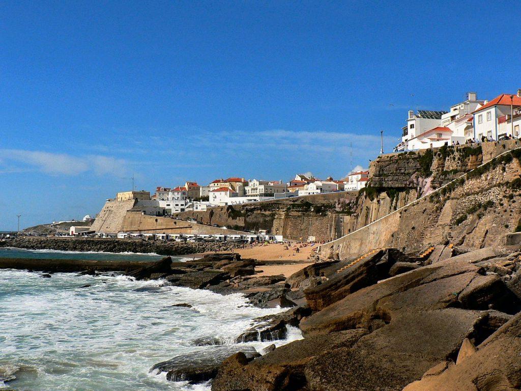1280px-vista_da_ericeira_-_praia_dos_pescadores1