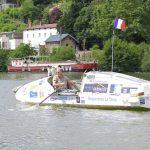 Arrivee imminente à Paris du Premier Tour de France à la rame par Charles Hedrich